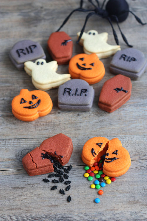 halloween treats - trick or treat cookies