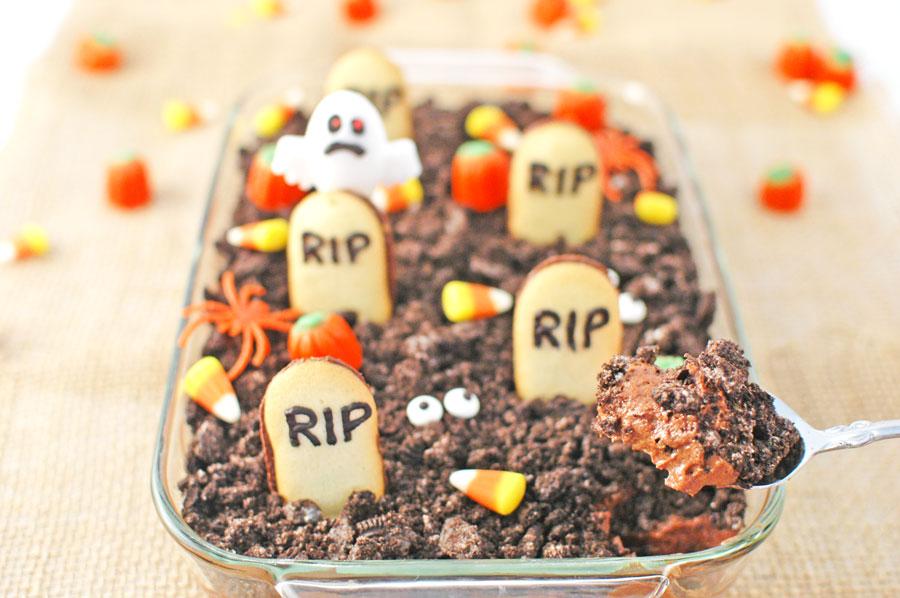 Halloween Graveyard Chocolate Cheesecake Dip