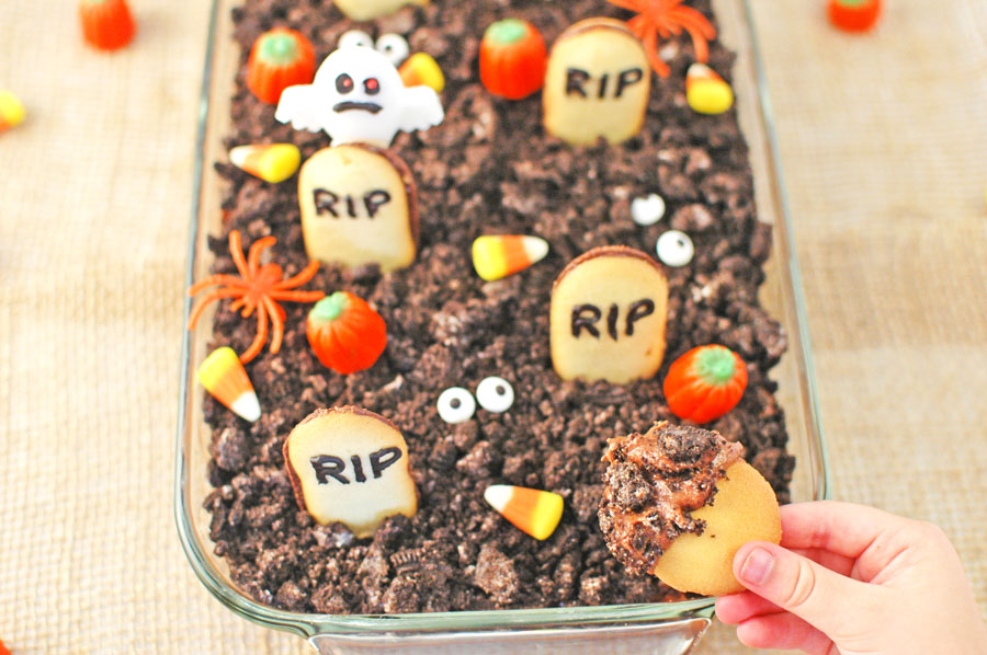 Halloween Graveyard Chocolate Cheesecake Dip