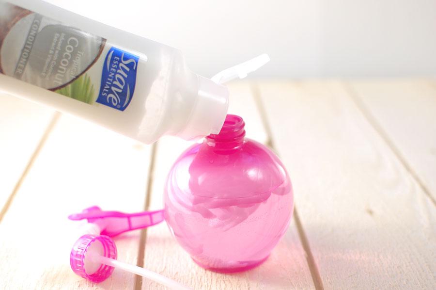 diy homemade hair detangler in water bottle