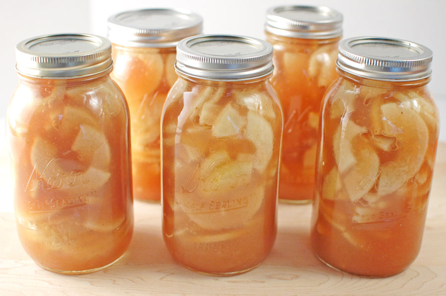 Apple pie filling in jars