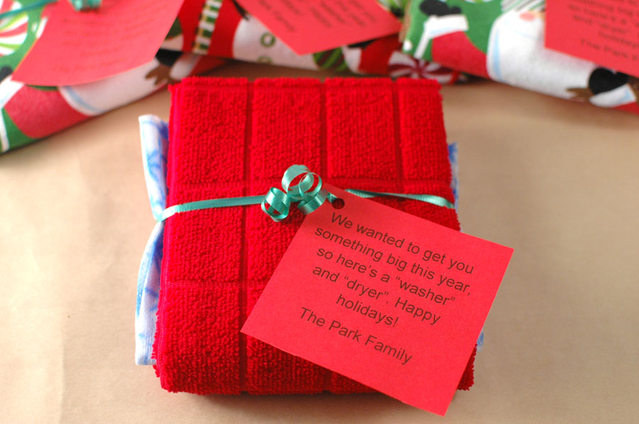 hand towel inexpensive neighbor christmas gift