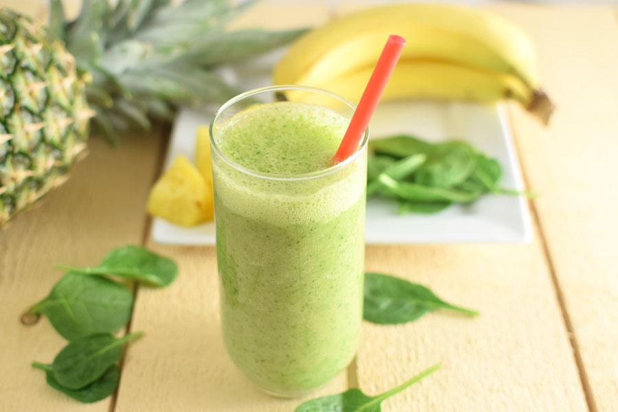 green smoothie with pineapple and banana and spinach